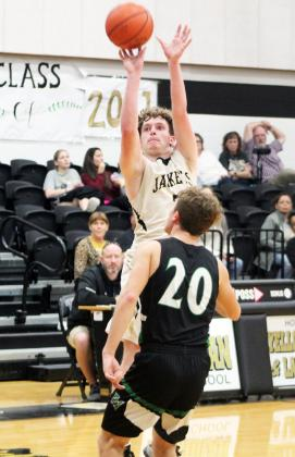 Forrest Murphy/Meridian Tribune/Meridian senior Dylan Poole (2) and the Yellow Jackets were defeated by the Hamilton Bulldogs, 58-12 Tuesday night.